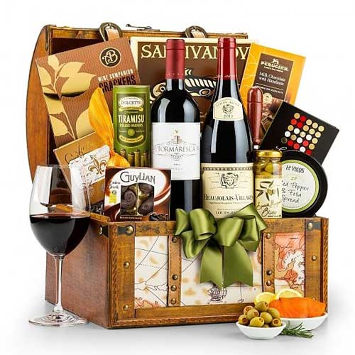 Around-the-World-Wine-Chest | Client Gift Ideas - Giftsxoxo.com