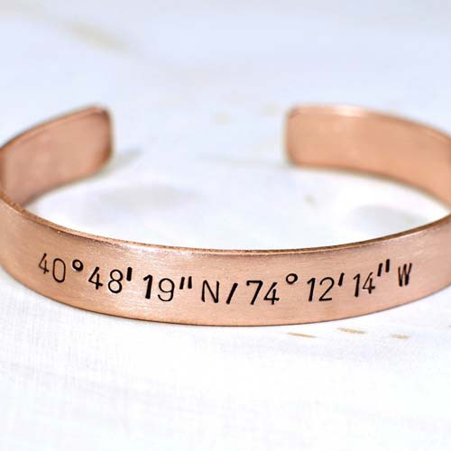 L&L-Coordinates-Bangle | Personalized Gift Ideas - giftsxoxo.com